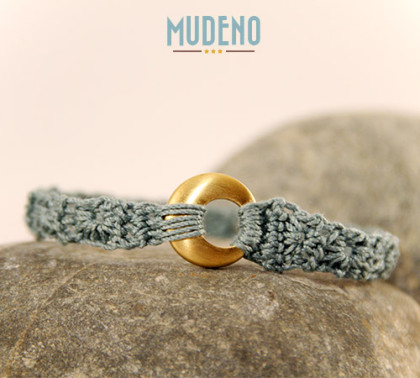 Armband in Petrol mit Gold Ring